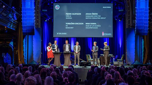 Fredrik Eklöf på scen med Veckans Affärer