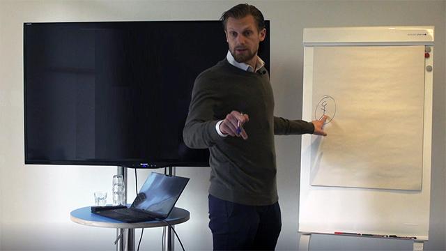 Jakob Gudmundsson föreläser