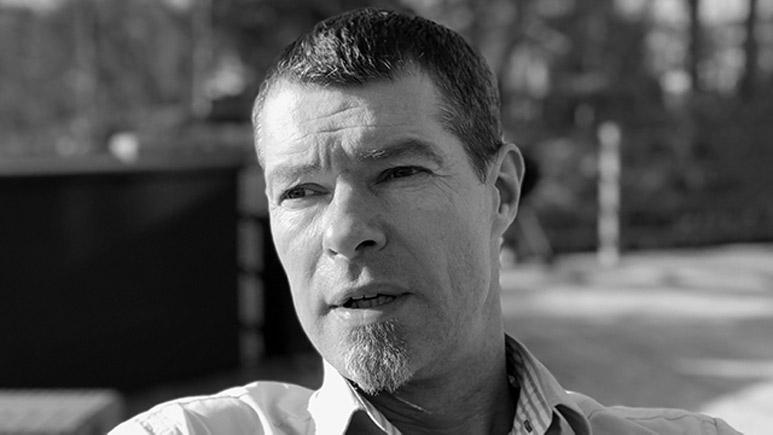 Mikael Åkerholm