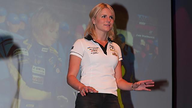 Ramona Karlsson föreläser